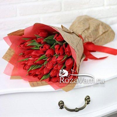 Букет из красных тюльпанов 25 шт
