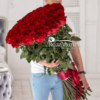 букет из 101 метровой розы