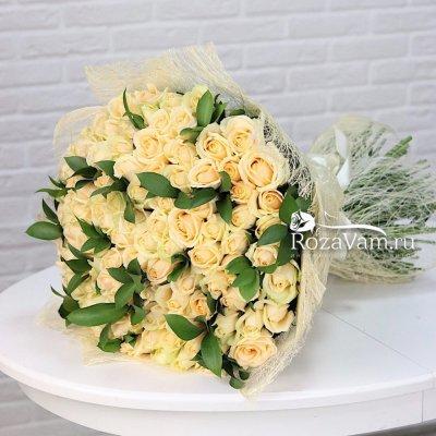 Букет из 101 кремовой розы 50см
