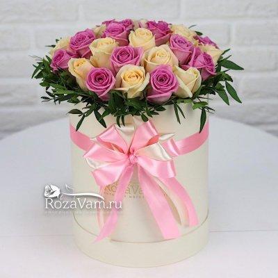Коробка из 29 роз