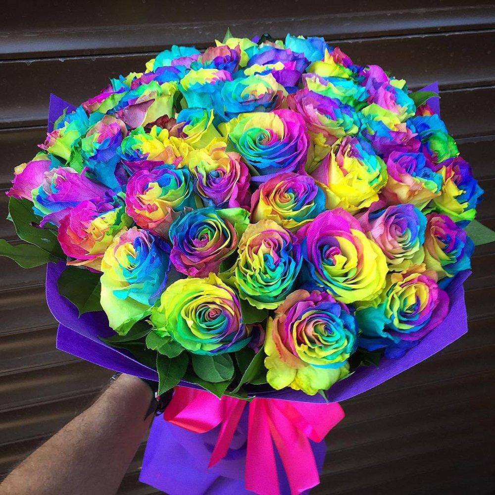 Радужные розы купить в москве дешево цветы с доставкой розы подмосковные
