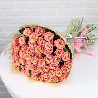 Букет из персиковой розы 51 шт 50 см