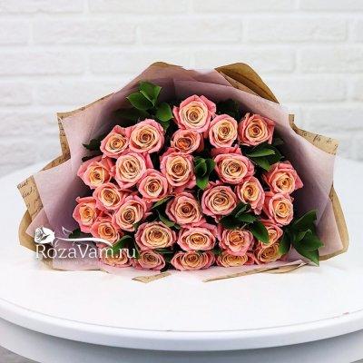 Букет из персиковых роз 29 шт 50 см