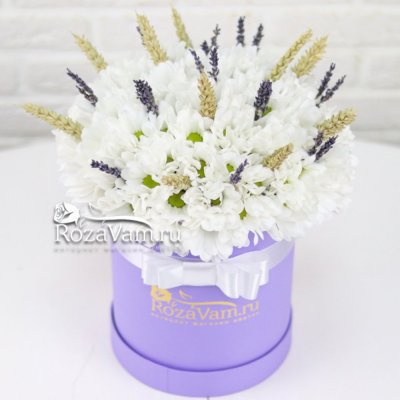 Коробка из хризантем
