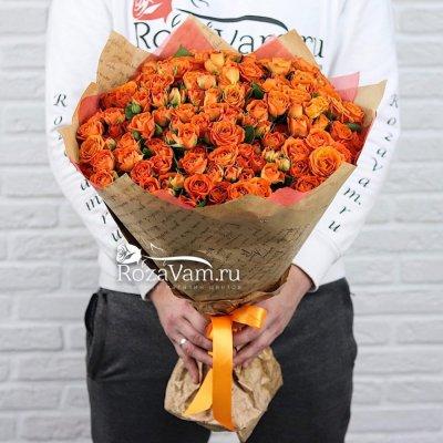 Букет из кустовой розы 51 шт