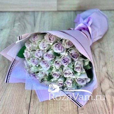 Букет из 29 лиловых роз