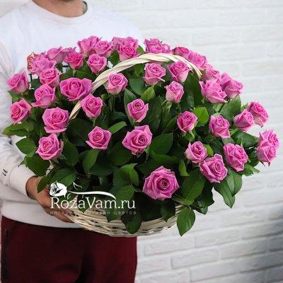 Корзина из 51 розовой розы