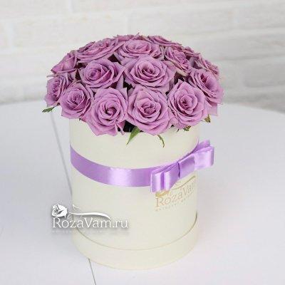 Коробка из 19 сиреневых роз
