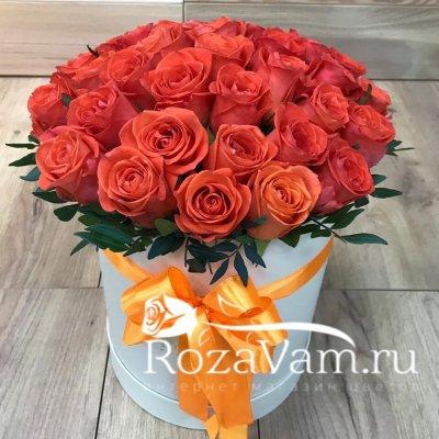 Коробка из 29 оранжевых роз