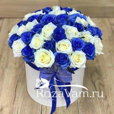 Коробка из 51 синей розы микс