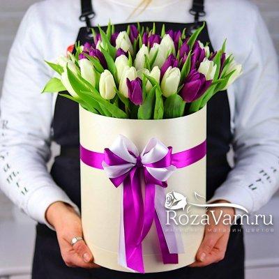 Коробка из 51 тюльпана микс
