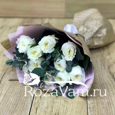Пионовидные розы в букете с ароматом