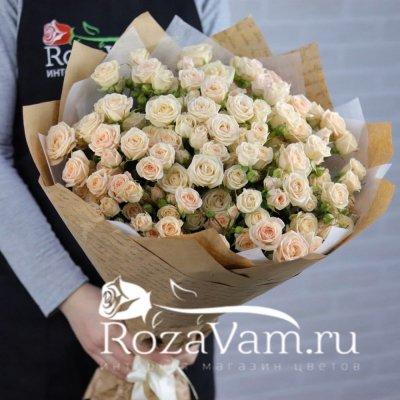 Букет из 25шт кремовых кустовых роз