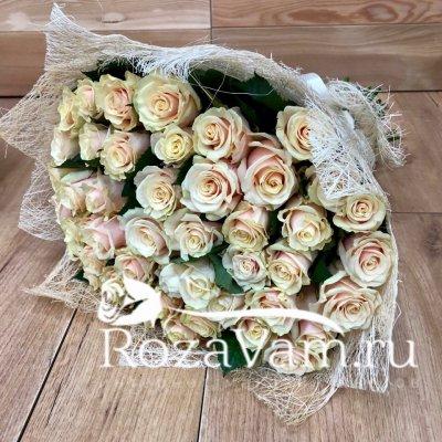 Букет из 51 крем роз талея