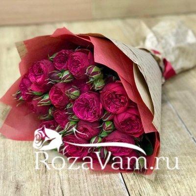 Букет из 15 пионовидных красных роз