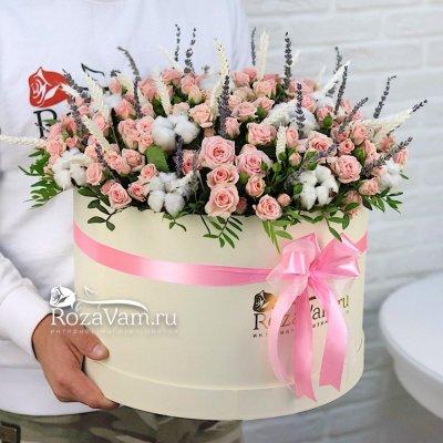 Коробка розовых роз с лавандой XXL