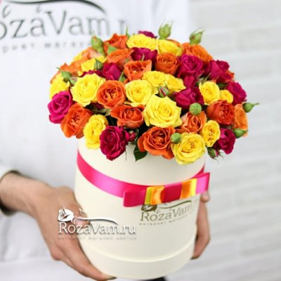 Коробка кустовых роз микс