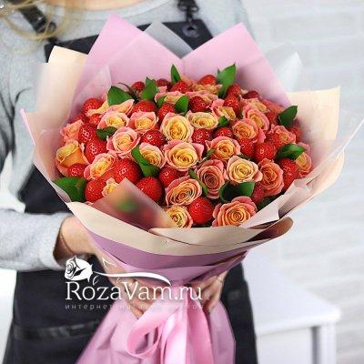 букет роз с клубникой
