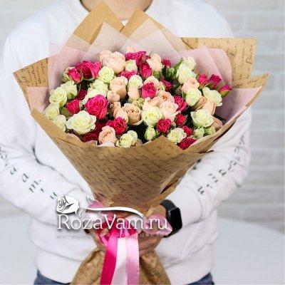 букет из 25 кустовых роз микс