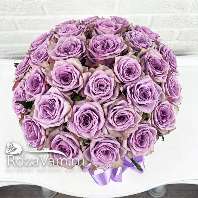 коробка из 29 сиреневых роз