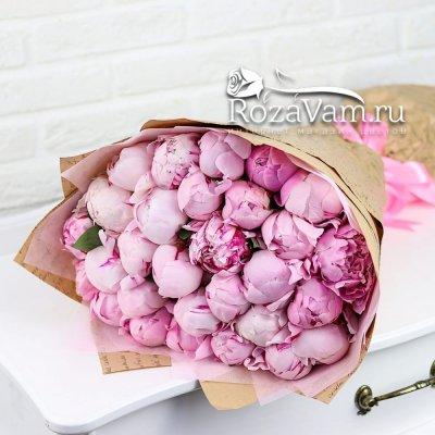 Букет из 29 розовых пионов