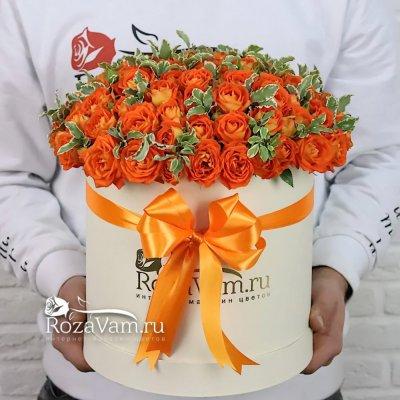 Коробка пионовидных кустовых роз