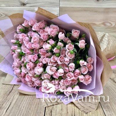 Букет из 29 веточек кустовых роз