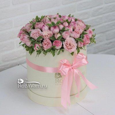 Коробка из пионовидной кустовой розы