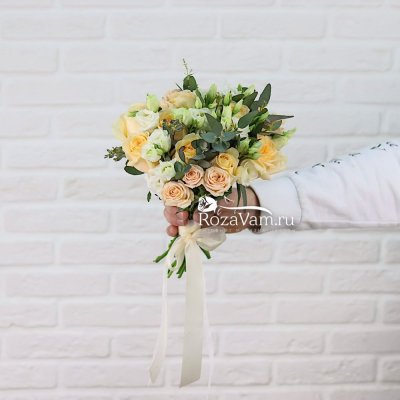 Свадебный Букет из кремовых роз