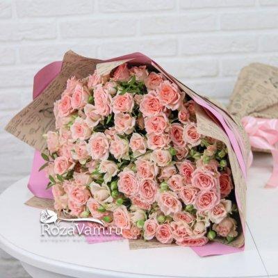 Букет из 25 кустовых роз Лидия 60 см