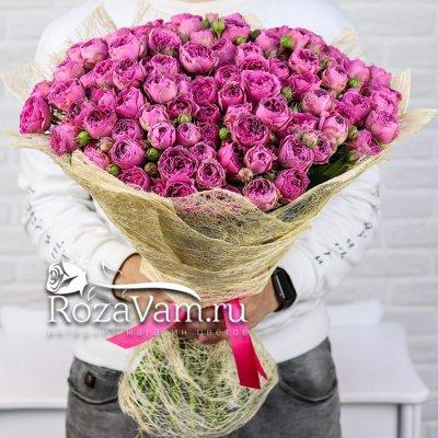 Букет из 35 кустовой пионовидной розы