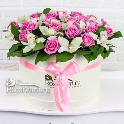 Шляпная коробка роз с орхидеями XL
