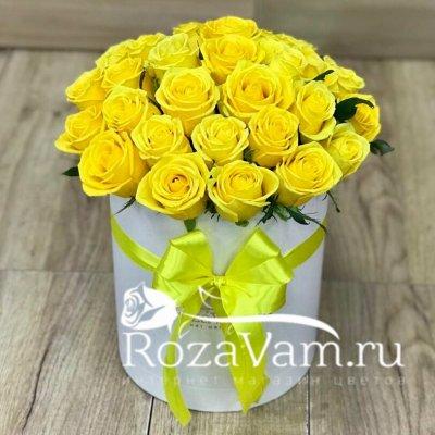 Коробка с желтыми розами 29 шт