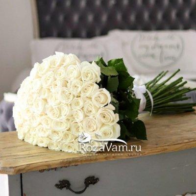 Букет из 51 белой  розы эквадор (60 см)
