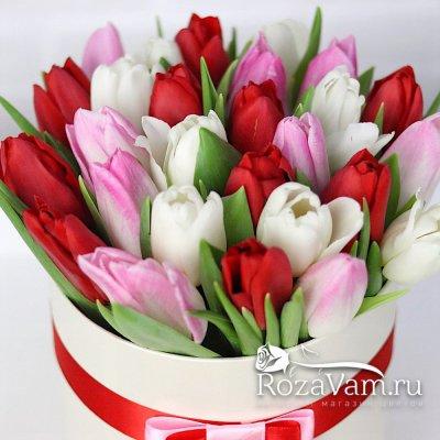 Коробка из 29 тюльпанов